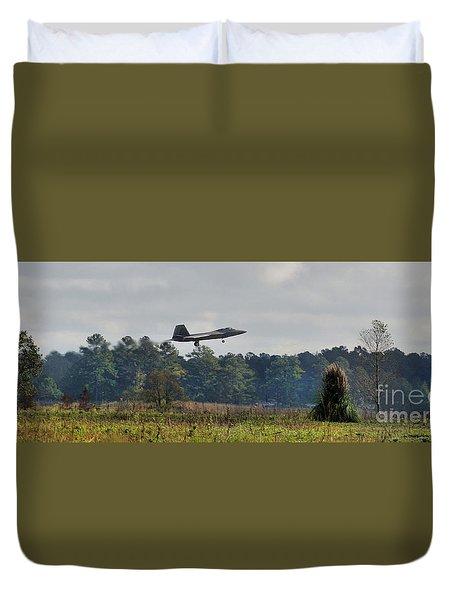 Raptor Approach Duvet Cover
