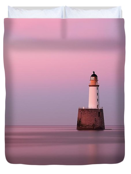 Rattray Head Lighthouse At Sunset - Pink Sunset Duvet Cover