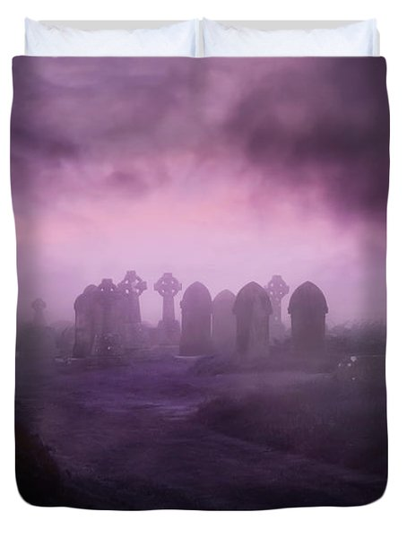 Rave In The Grave Duvet Cover