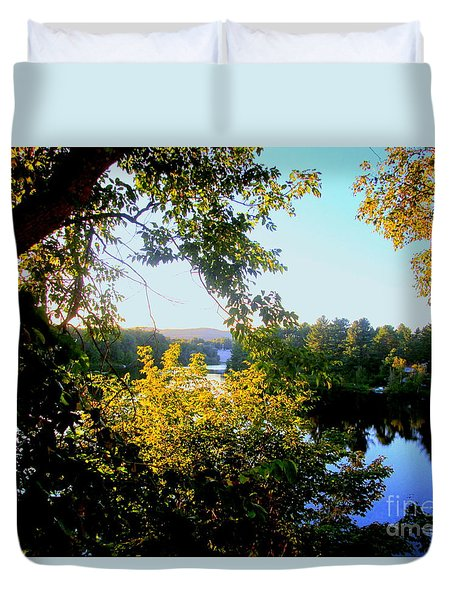 Duvet Cover featuring the photograph Rawdon by Elfriede Fulda