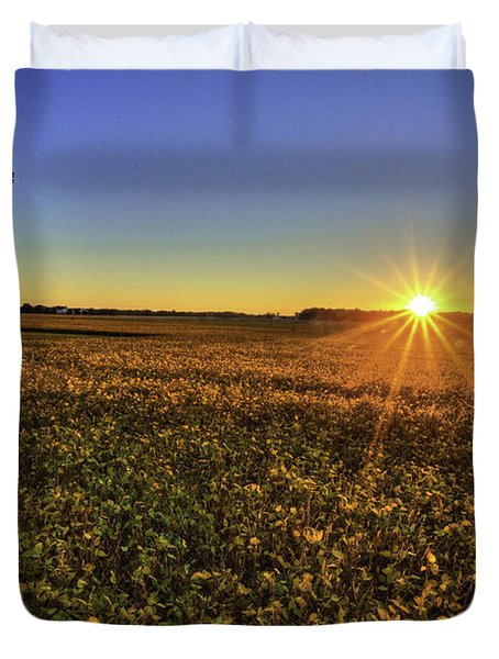 Rays Over The Field Duvet Cover