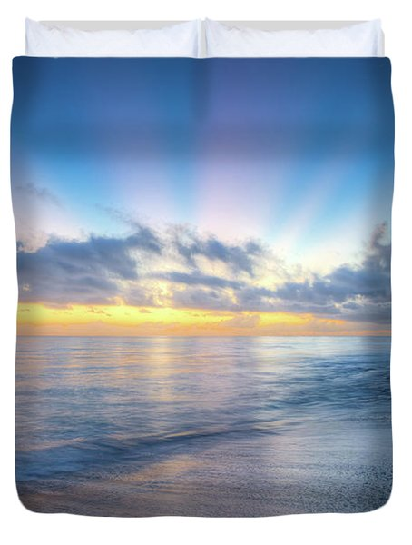 Duvet Cover featuring the photograph Rays Over The Reef by Debra and Dave Vanderlaan