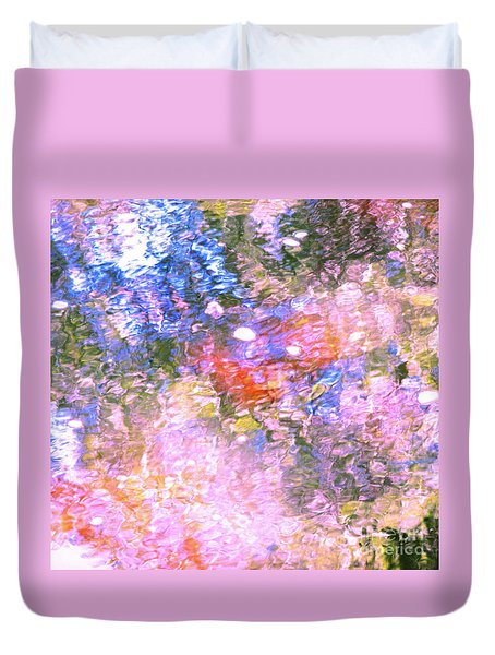 Reaching Angels   Duvet Cover
