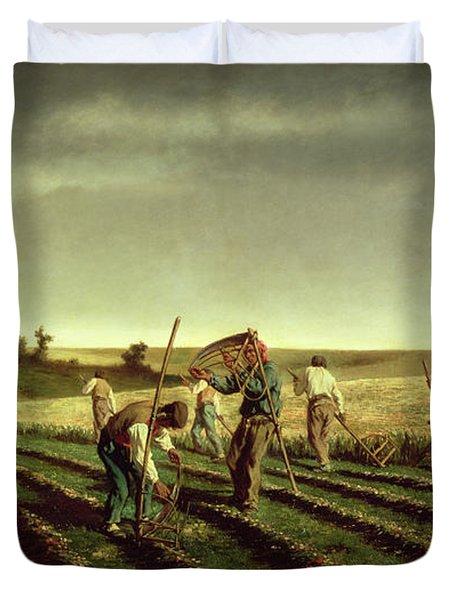 Reaping Sainfoin In Chambaudouin Duvet Cover by Pierre Edmond Alexandre Hedouin