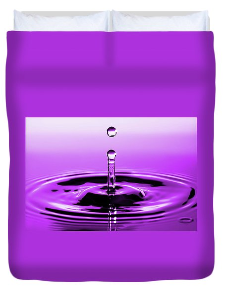 Rebounding Droplet Duvet Cover