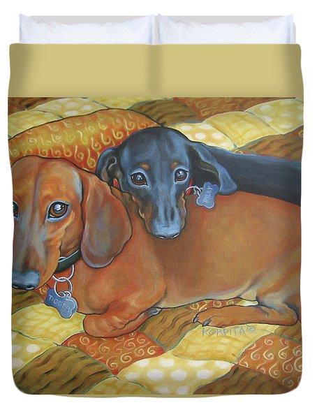 Red And Black Dachshunds - Best Buds Duvet Cover