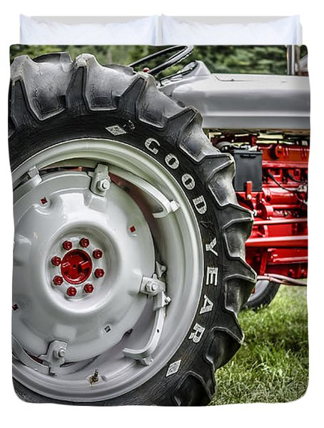 Red And White Ford Model 600 Tractor Duvet Cover