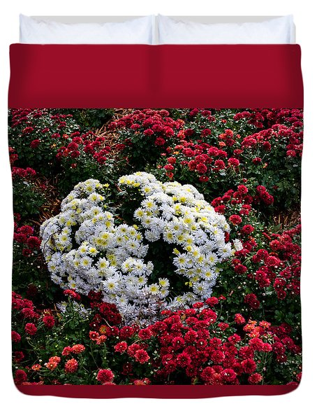 Duvet Cover featuring the photograph Red And White by Jay Stockhaus