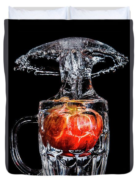 Duvet Cover featuring the photograph Red Apple Splash by Ray Shiu