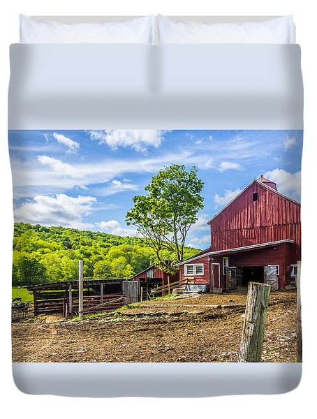 Duvet Cover featuring the photograph Red Barn And Cows by Paula Porterfield-Izzo
