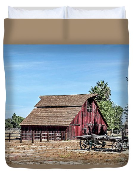 Red Barn And Wagon Duvet Cover