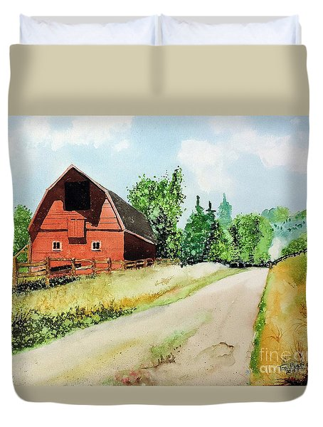 Red Barn Near Steamboat Springs Duvet Cover