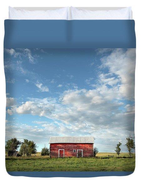 Red Barn On The Prairie Duvet Cover