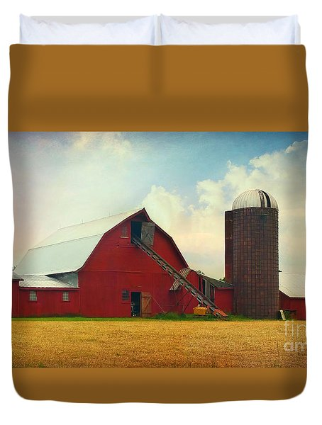 Red Barn Silo Duvet Cover