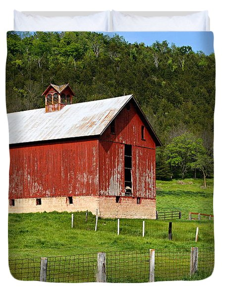 Red Barn With Cupola Duvet Cover