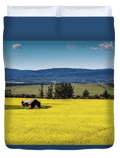 Red Barns In A Sea Of Canola Duvet Cover