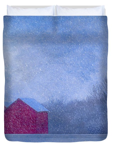 Red Barns In The Moonlight Duvet Cover