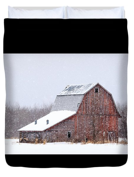 Red Beauty In Snow Duvet Cover