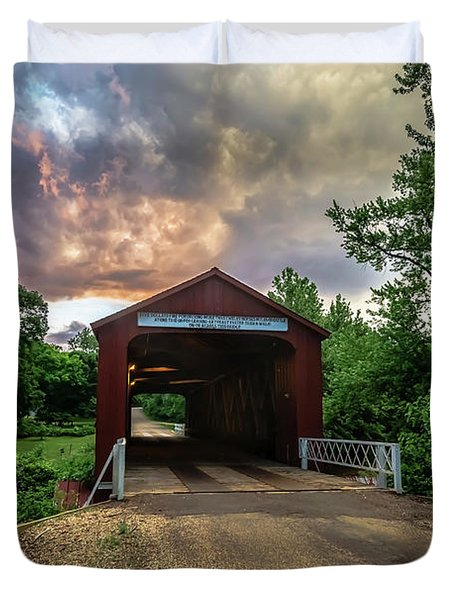 Red Coverd Bridge With Pretty Sky  Duvet Cover