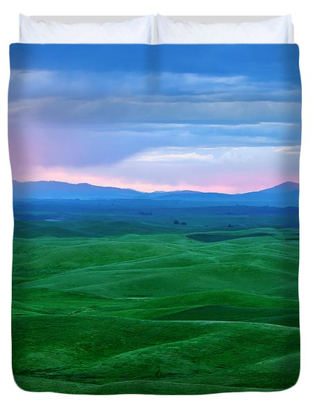 Red Dawn Over The Palouse Duvet Cover by Mike  Dawson