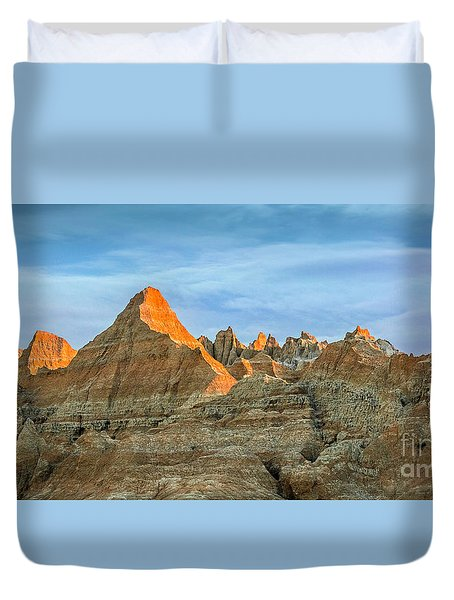 Red Faced Panorama Duvet Cover