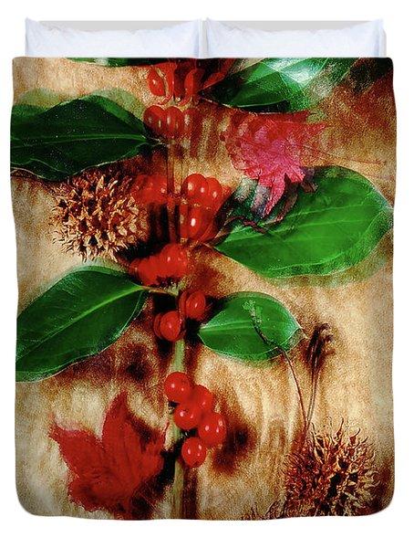 Red Holly Spinning Duvet Cover