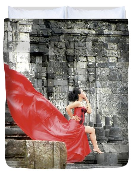 Red Lady At Candi Sewu Duvet Cover