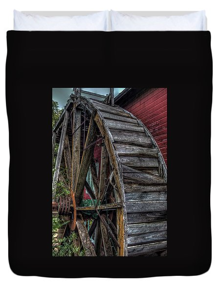 Red Mill Wheel 2007 Duvet Cover by Trey Foerster