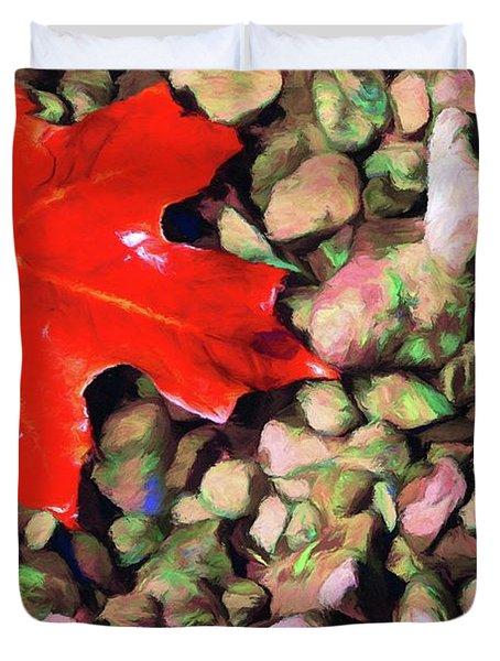 Red On The Rocks Duvet Cover by Jeff Kolker
