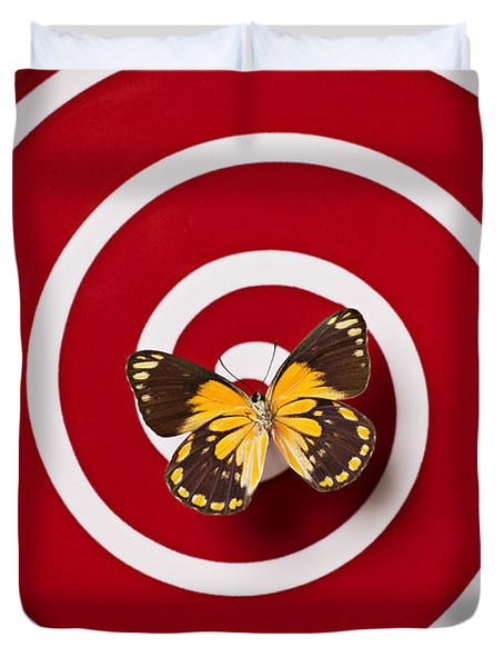 Red Plate And Yellow Black Butterfly Duvet Cover
