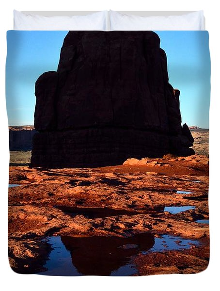 Red Rock Reflection At Sunset Duvet Cover