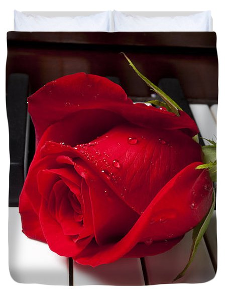 Red Rose On Piano Keys Duvet Cover