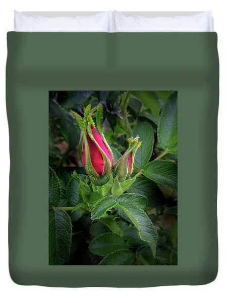 Red Rugosia Bud Duvet Cover