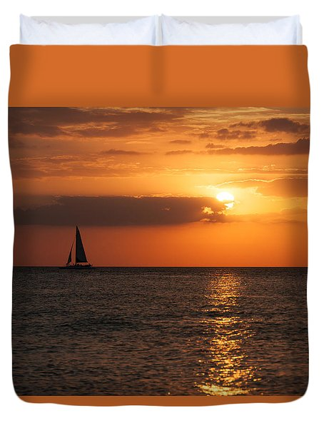 Duvet Cover featuring the photograph Red Skies At Night - Sailors Delight by John Black