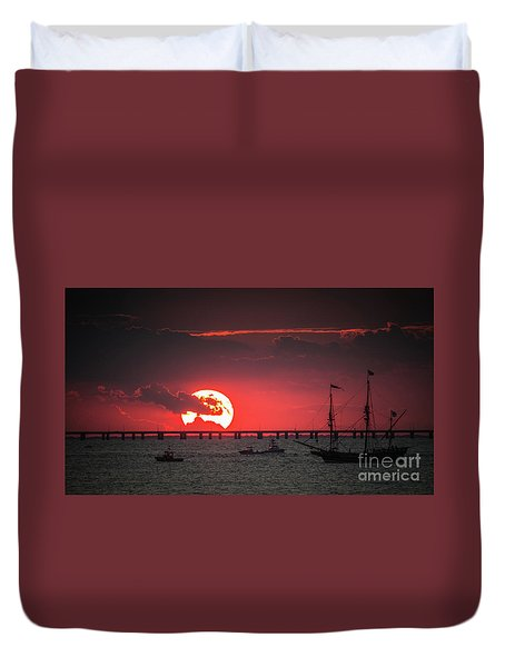 Red Sky Duvet Cover by Scott and Dixie Wiley