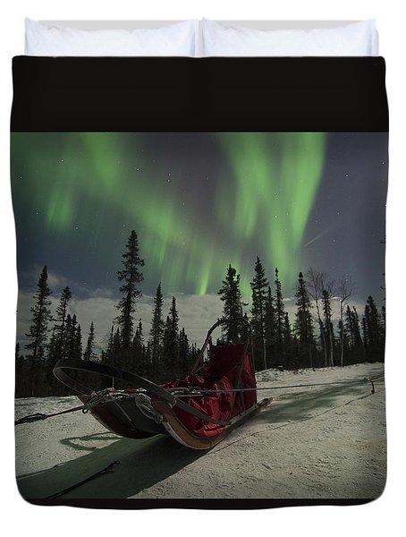 Red-sled Aurora Duvet Cover