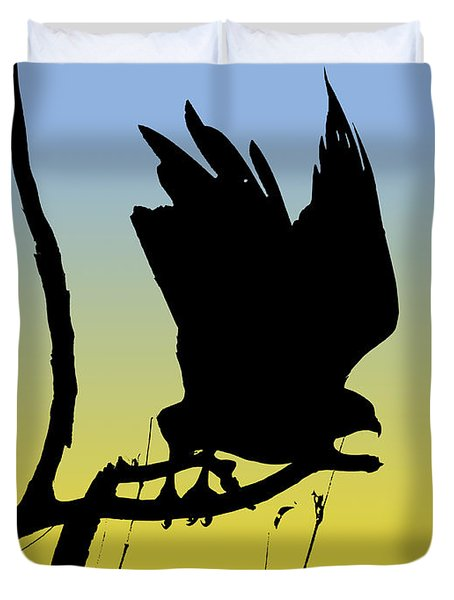 Red-tailed Hawk Taking Flight Silhouette At Sunrise Duvet Cover