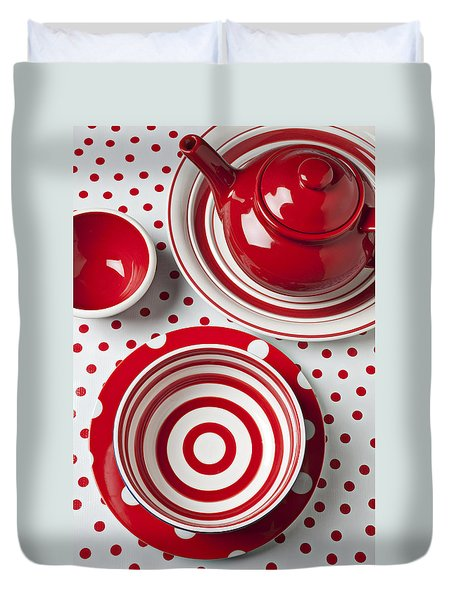 Red Teapot Duvet Cover by Garry Gay