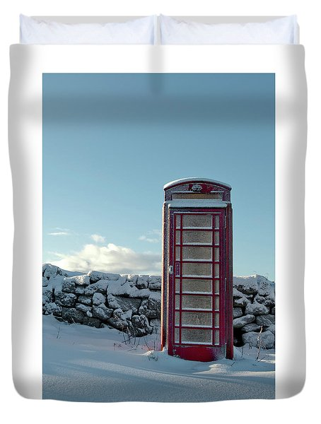 Red Telephone Box In The Snow IIi Duvet Cover