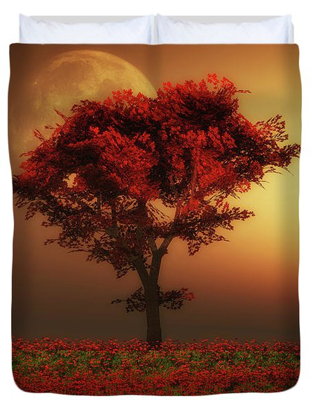 Red Tree In The Evening Duvet Cover