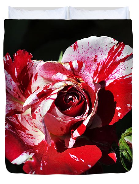 Red Verigated Rose Duvet Cover