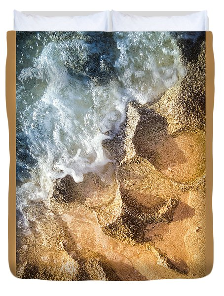 Duvet Cover featuring the photograph Reefy Textures by T Brian Jones