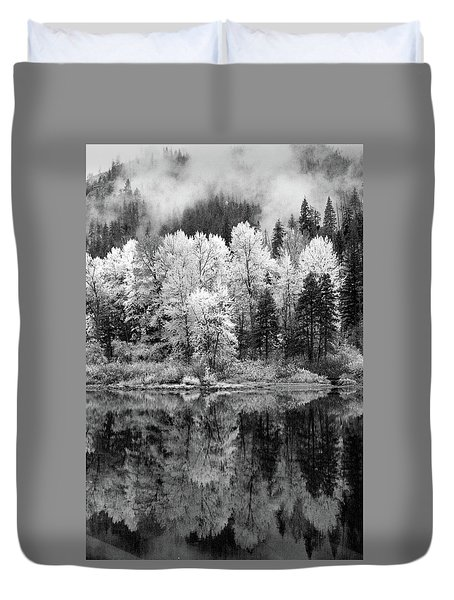 Reflected Glories Duvet Cover
