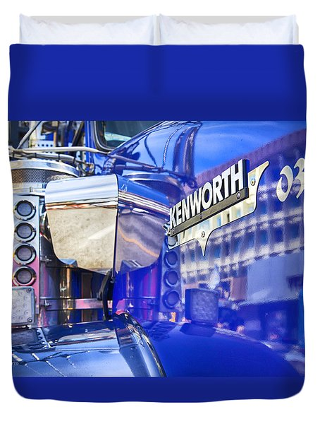 Reflecting On A Kenworth Duvet Cover by Theresa Tahara