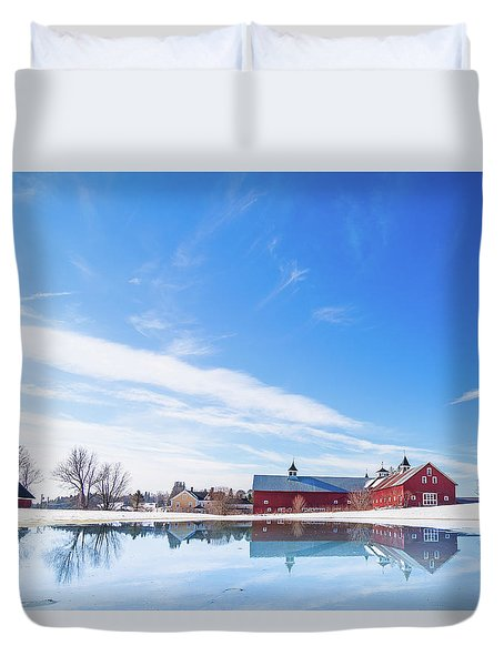 Reflection Of A Barn In Winter Duvet Cover