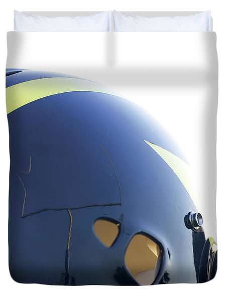 Reflection Of Goal Post In Wolverine Helmet Duvet Cover