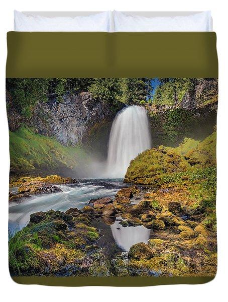 Reflection Of Sahalie Falls Duvet Cover by David Gn