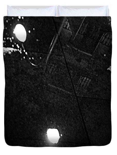 Reflection Of Wet Street Duvet Cover