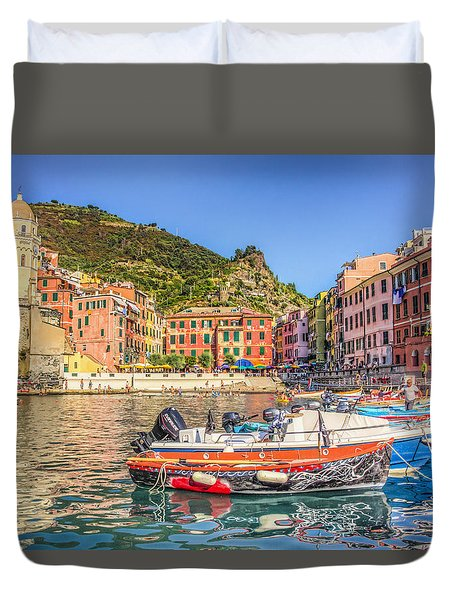 Duvet Cover featuring the photograph Reflections Of Italy by Brent Durken