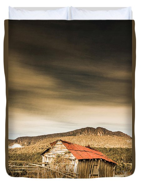 Regional Ranch Ruins Duvet Cover